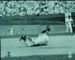 "Brooks Robinson Signed 16x20 Photo ""Human Vacuum Cleaner"" (PSA/DNA)"