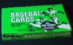 1975 Topps Baseball Cello Box (24)
